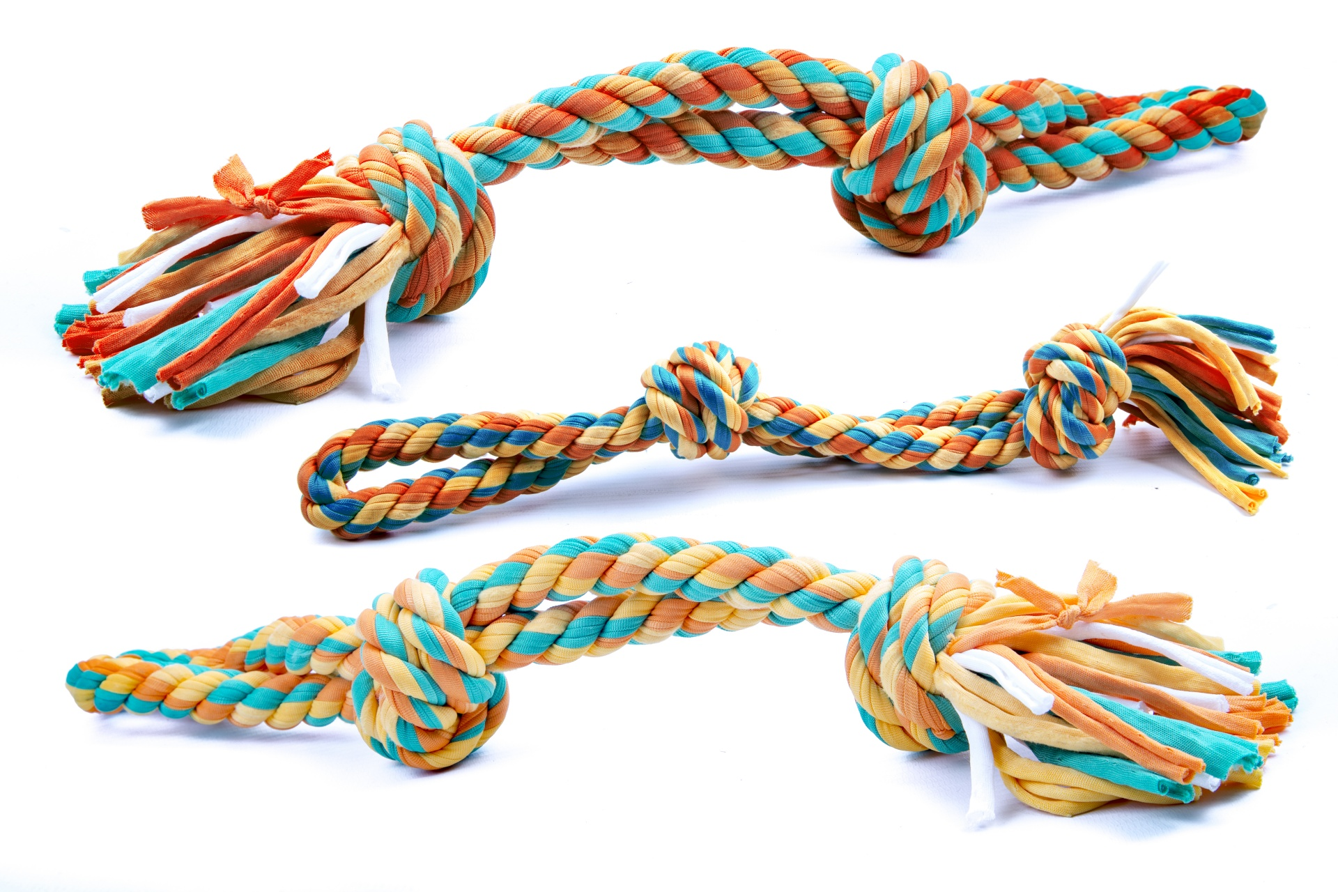 DIY: Make a Braided Dog Rope from your Old T-Shirts